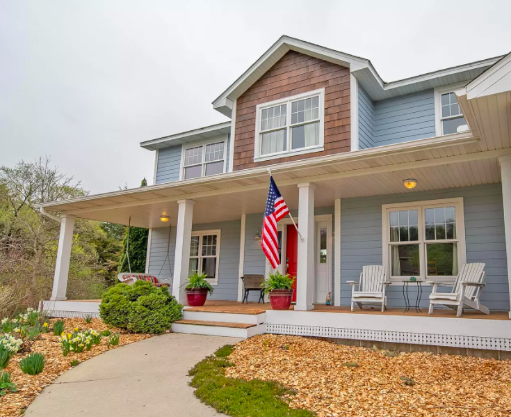 Custom built house with home office in Cannon Falls for sale 2