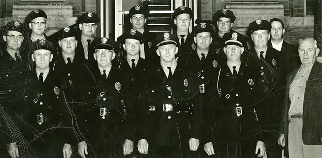 Red Wing police officers 1950.jpg