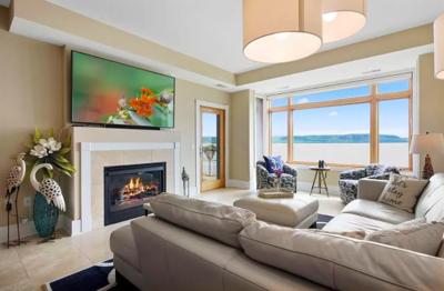 Lake City, Minn. apartment on Lake Pepin, for sale