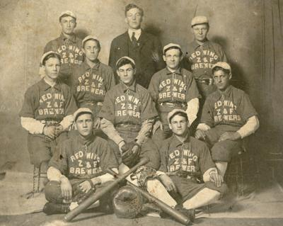 Historic photo: Red Winger Brewers
