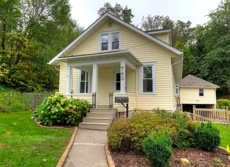 Historic house for sale, Red Wing, Minn.