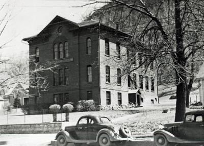 Historic photo: Colvill School in Red Wing
