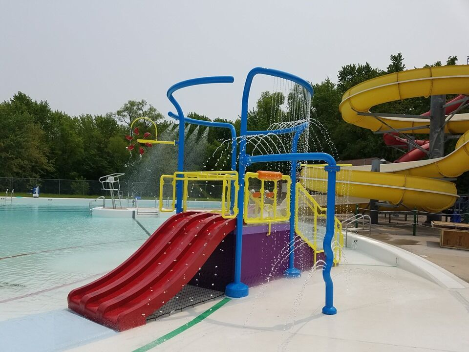 Red Wing Water Park Play Feature.jpg