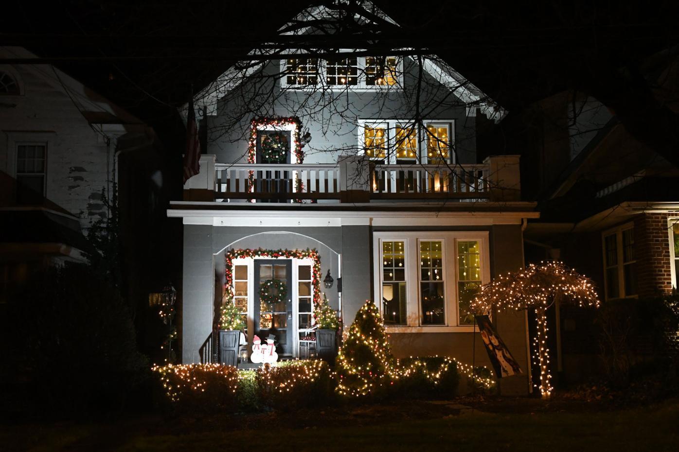 CHRISTMAS LIGHTS ASHLAND