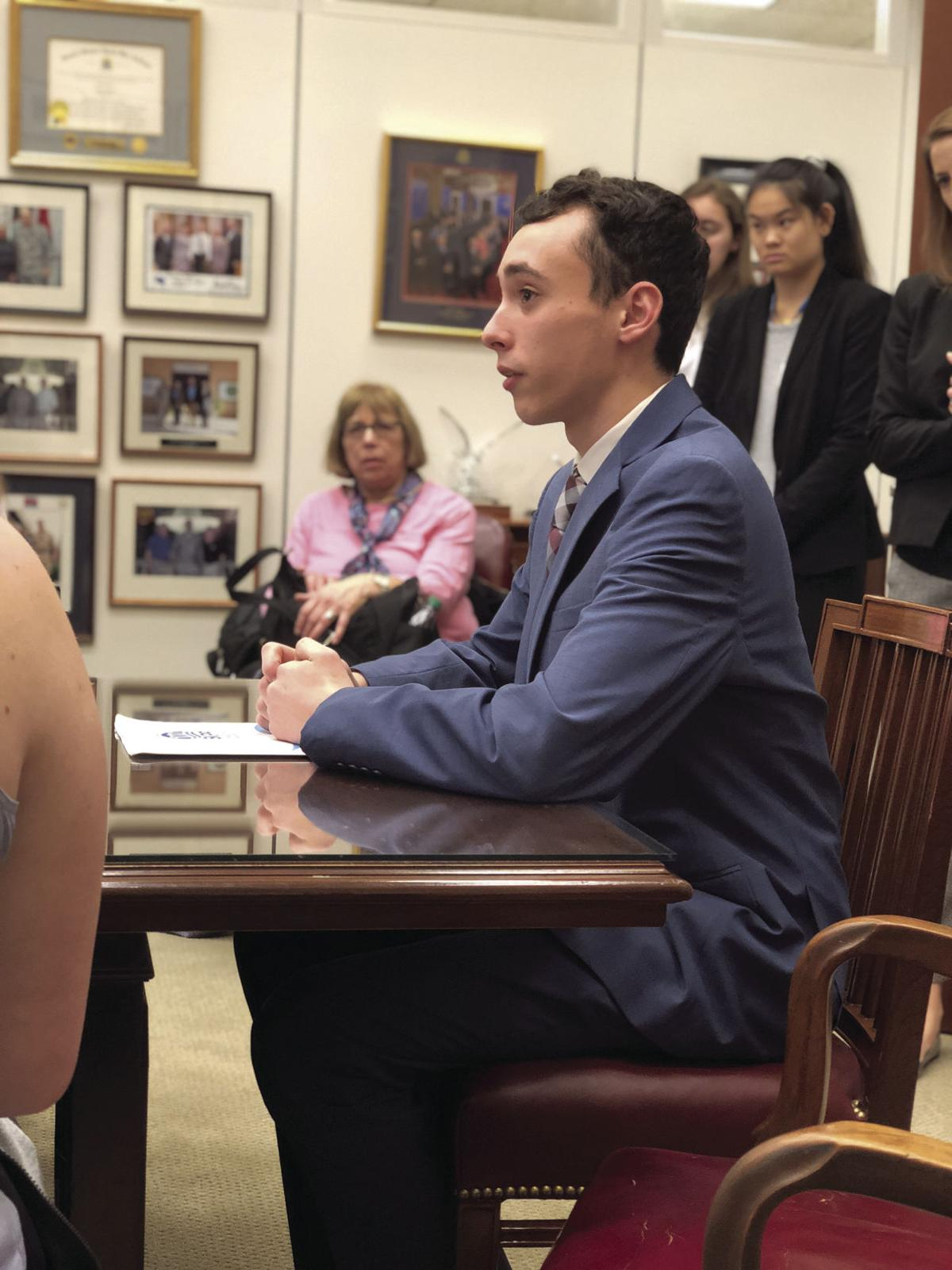 South Kingstown students meet with congressional delegation in D.C.
