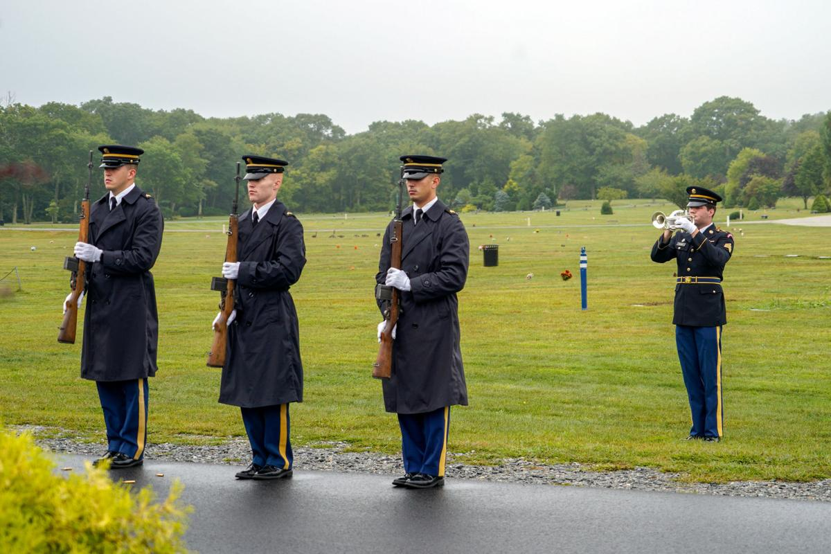 Rhode Islanders pay tribute to victims of 9/11