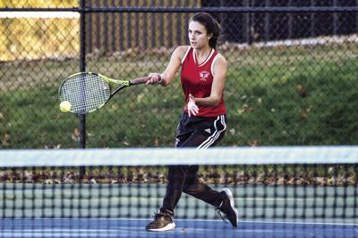 Oakers tennis season ends in quarterfinal loss