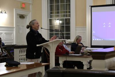 Plastic waste and tap water raise questions at council meeting