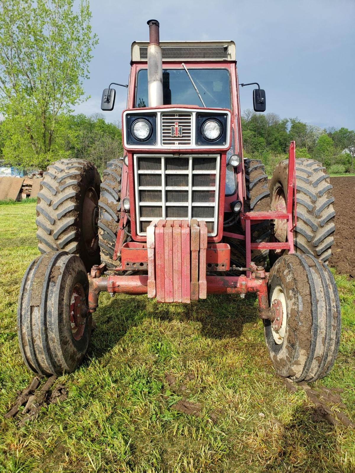 Likes Tractor