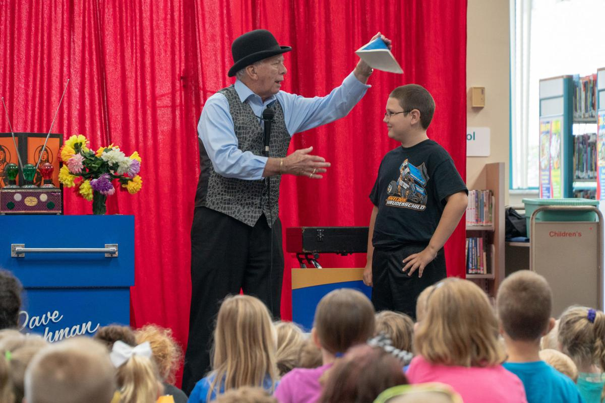 Magician-Dave-Lehman-at-Main-Library.jpg