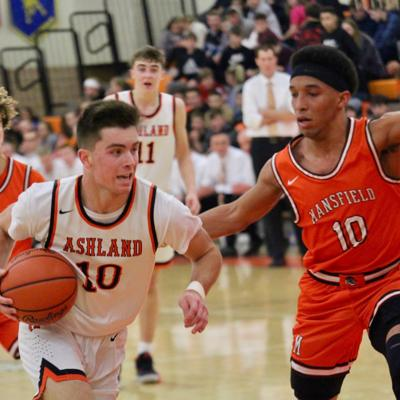 Arrows rough up Tygers for third straight win