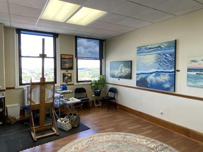 Fort opens studio & art gallery in downtown Mansfield