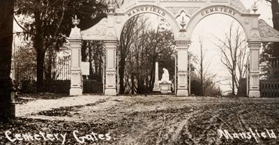 Mansfield Cemetery gates