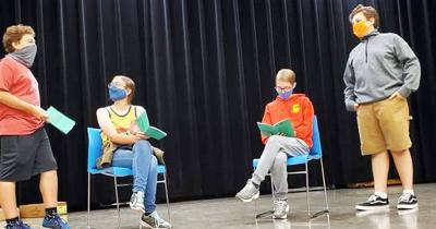 """No live play? No problem; Galion students stage movie production of """"A Christmas Carol"""""""