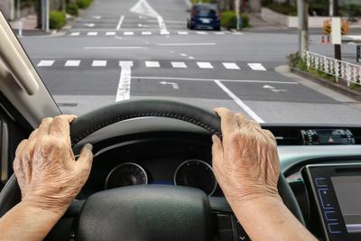 How to know, address an aging loved one's deteriorating driving skills