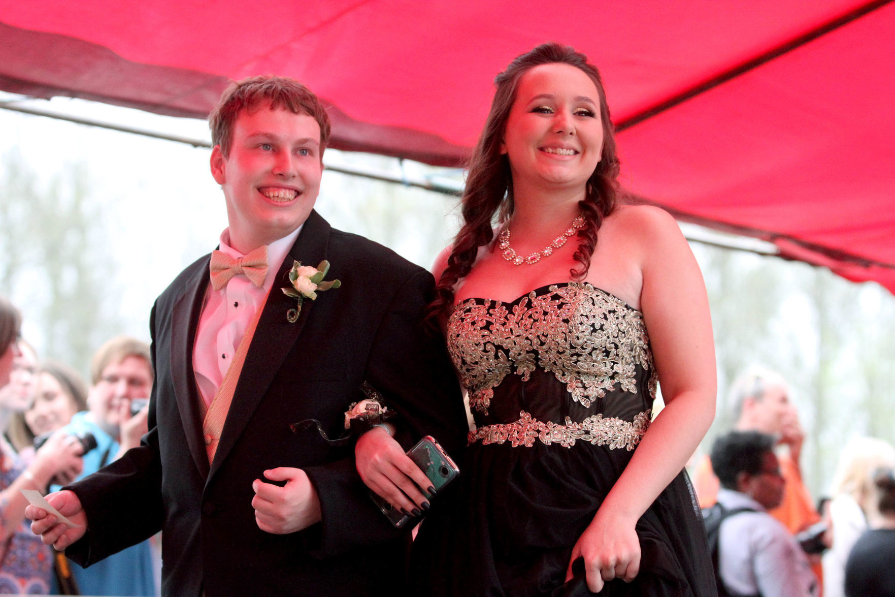 GALLERY: Colonel Crawford prom