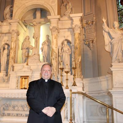 St. Peter's priest Gregory Hite bids his parish adieu