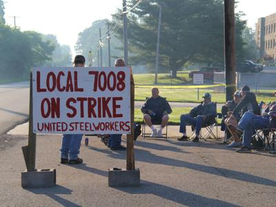 Union workers for Custom Hoists strike in Hayesville
