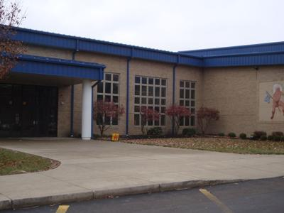 Ontario Middle School cleared of bomb threat