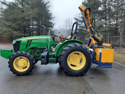 Advertisement for Sale of Equipment