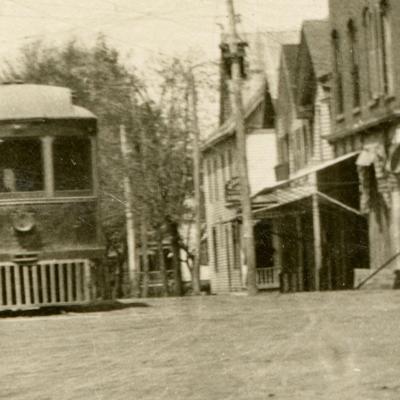Interurban streetcar connected through Plymouth in 1907