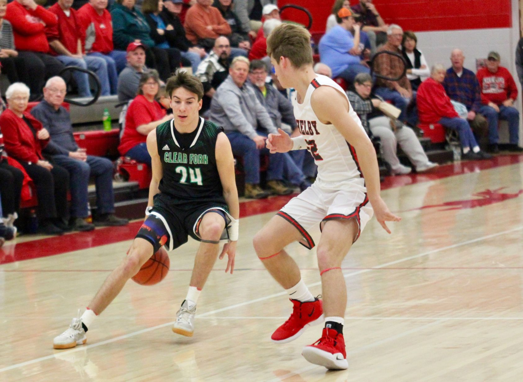 Spreading the Wealth: South leads balanced Clear Fork attack