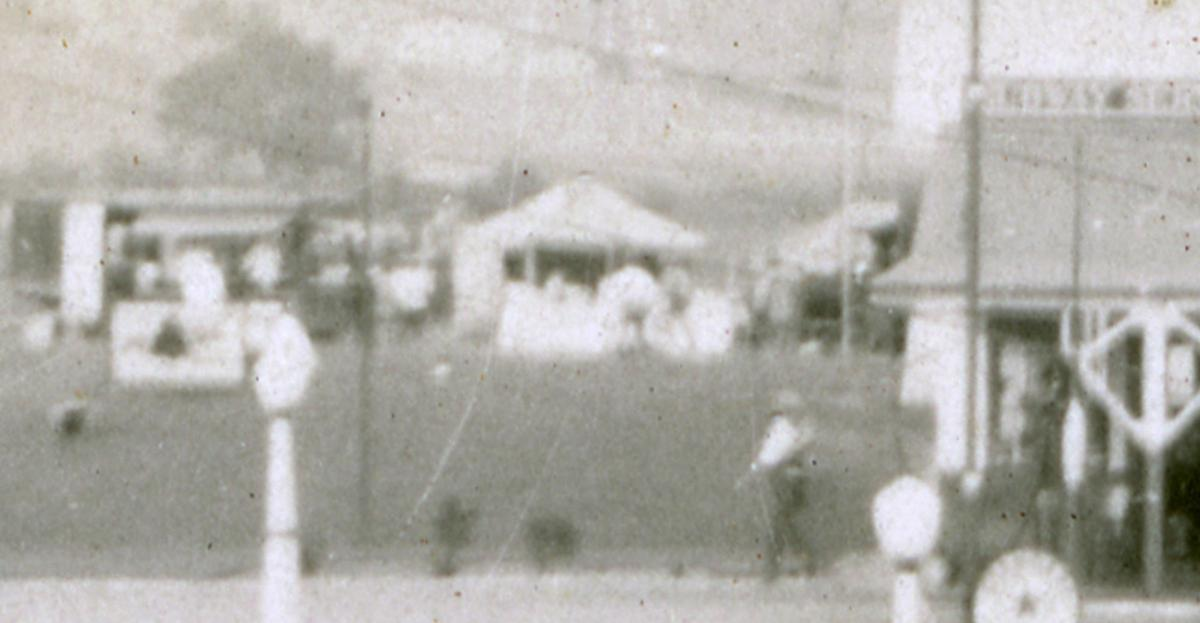 Rare photo of Stewart's Root Beer original stand