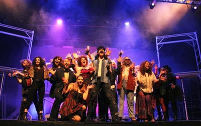 'Rock of Ages' brings the 80s back to the Renaissance