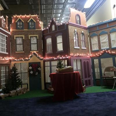 Volunteers needed for Downtown Mansfield's Tiny Tim Christmas Shoppe