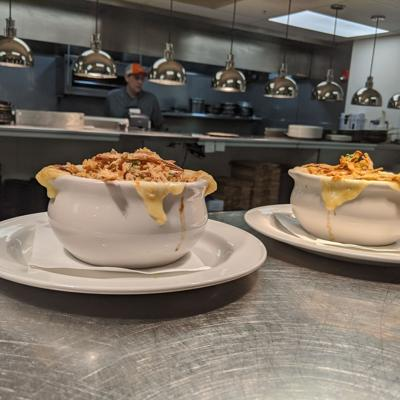 Hudson & Essex now offers dine-in lunch option