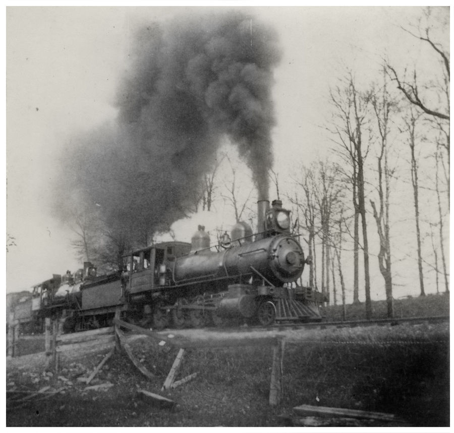 A helper engine approaches Alta