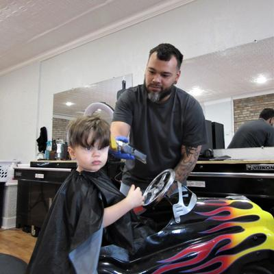 New Lexington barbershop welcomes customers with a family-friendly vibe