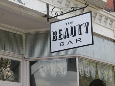 Beauty Bar opens in downtown Mansfield