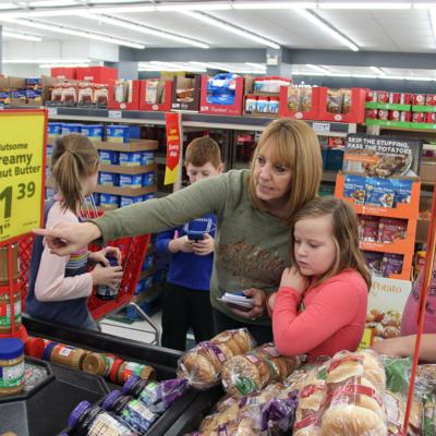 Shelby elementary students buy food for families in need