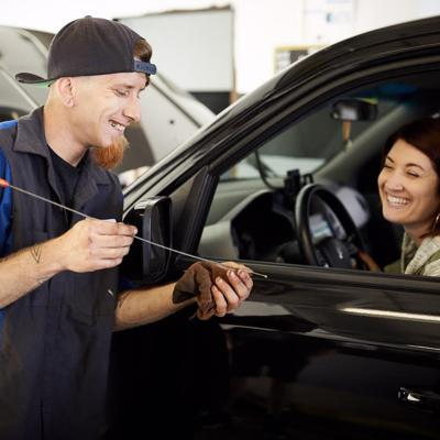 Elite Care Auto sells customers with convenient services and heartfelt gestures