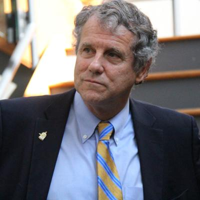 During Richland Source visit, Sherrod Brown said he doesn't regret skipping presidential run