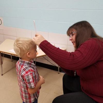Fairway Preschool students receive gratis vision screenings