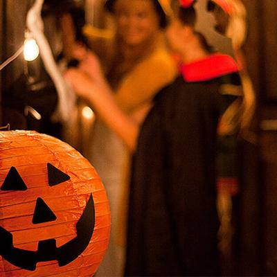 """What's """"Appening"""": Trick Or Treat Apps To Keep Halloween Fun And Safe"""