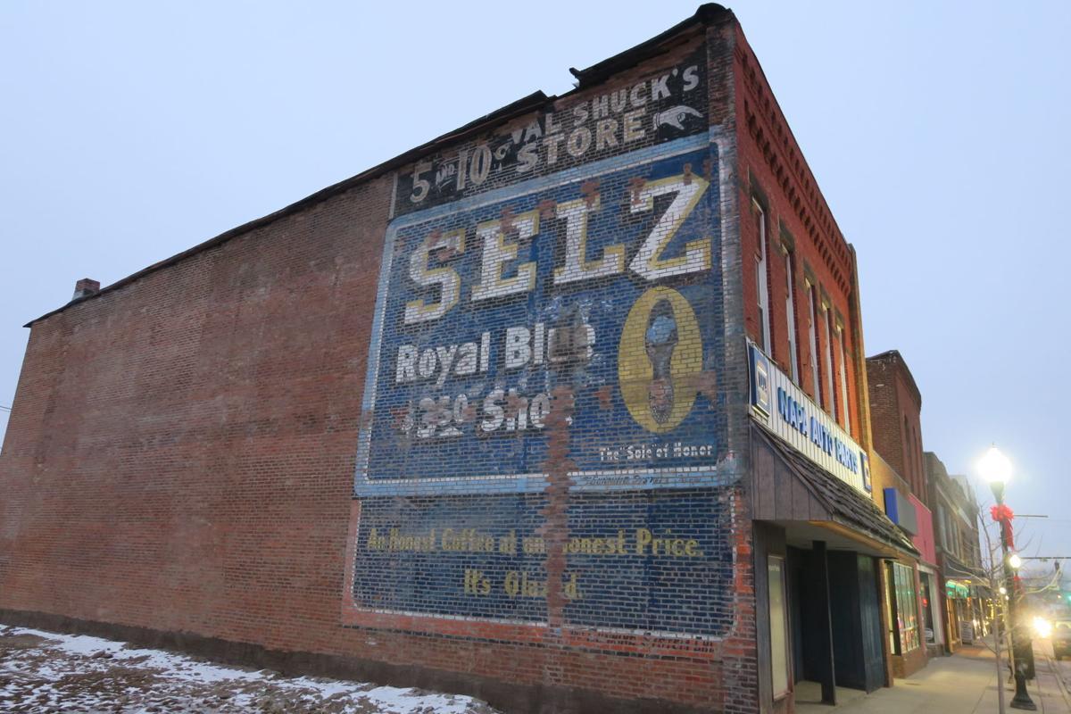 Selz sign present