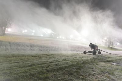 Snow making at Snow Trails