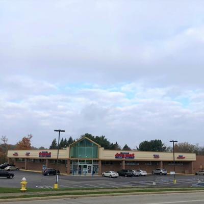 Building that houses Discount Drug Mart, other retailers in Ontario sells for $3 million