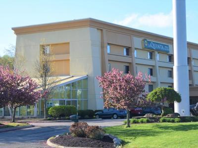 La Quinta Inn at I-71/Ohio 13 sells for $3.7 million