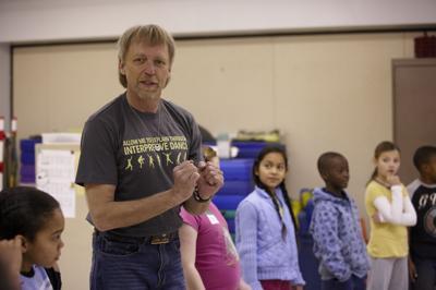 Randy Barron Teaching Arts Integration Class