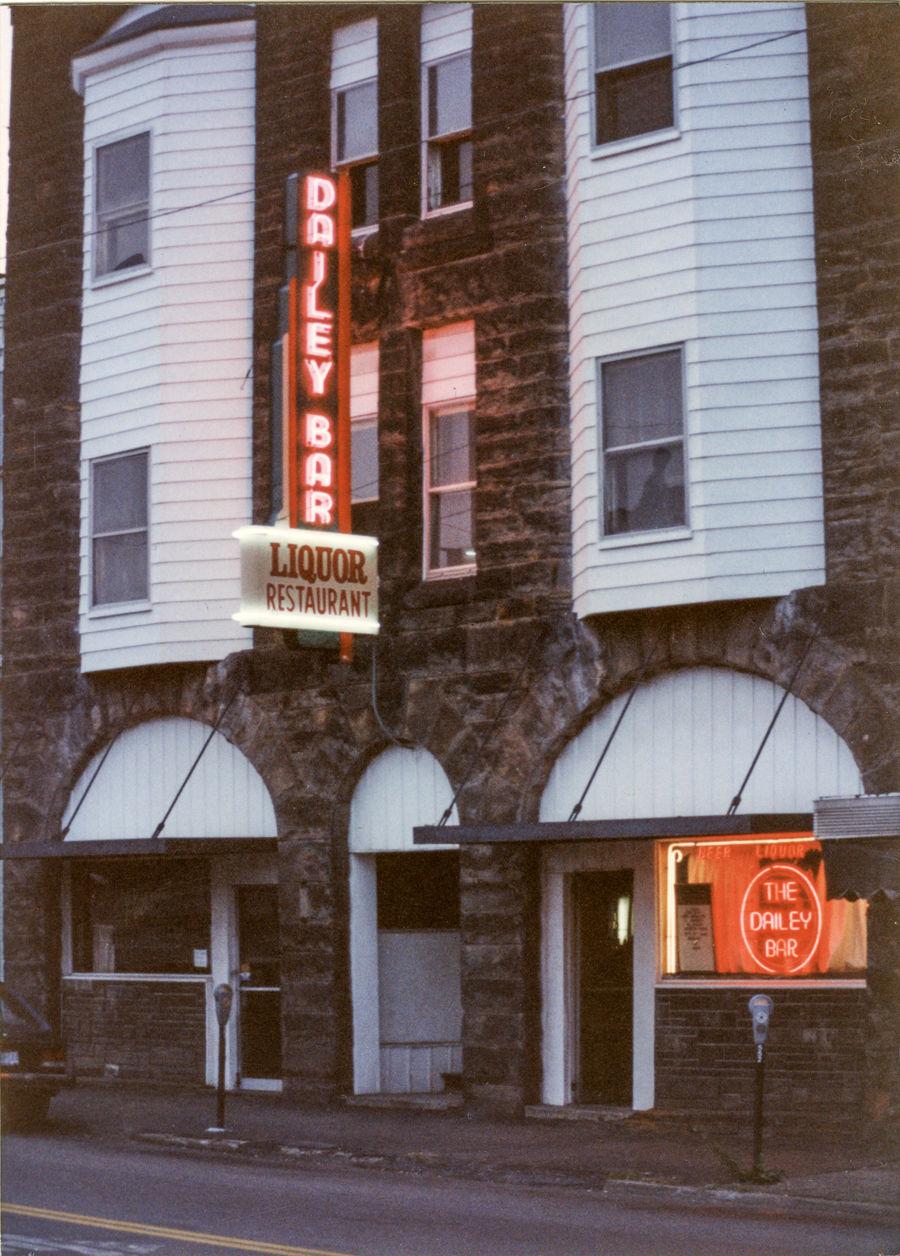 The Dailey Bar