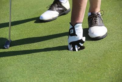 Generic women's golf art