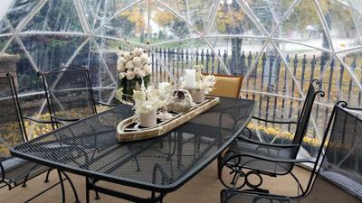 Champagne dining igloo