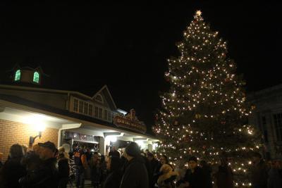 Downtown Mansfield Christmas Tree lighting to go virtual on Dec. 4
