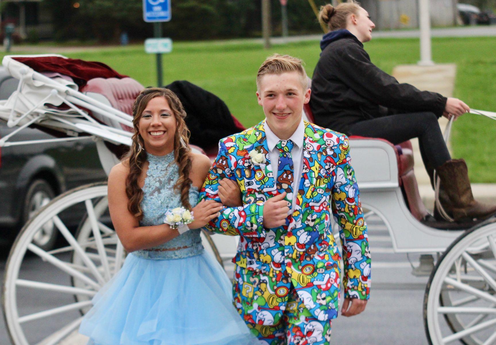 GALLERY: Crestline High School Prom 2019