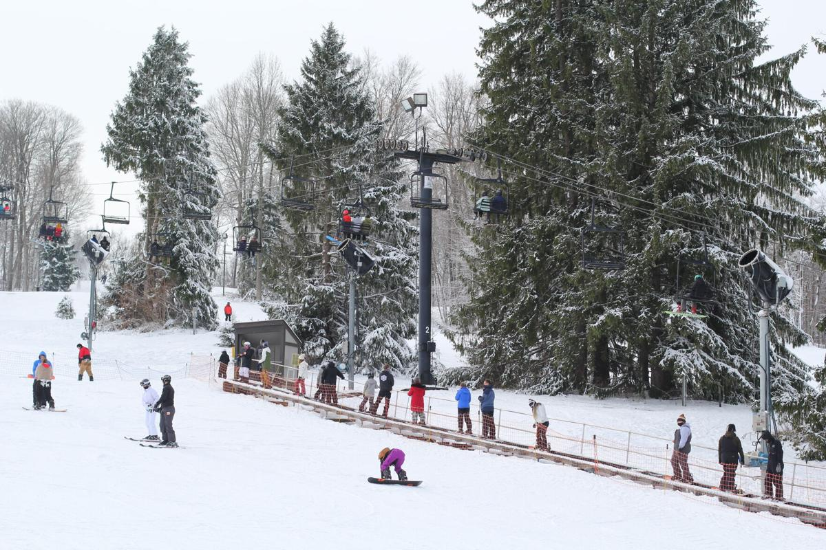 Snow Trails1.JPG