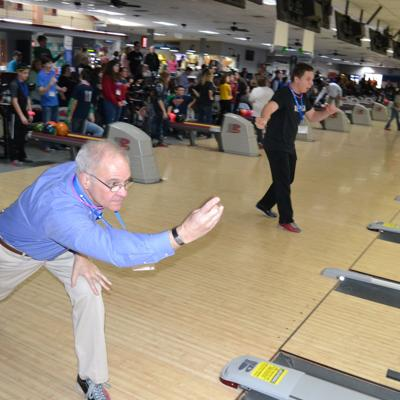 Richland Newhope celebrates developmental disabilities month with bowling event